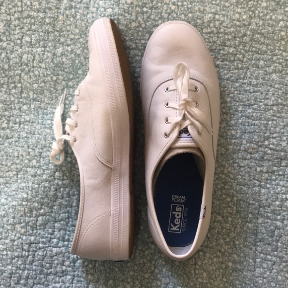 Keds Leather tennis shoes